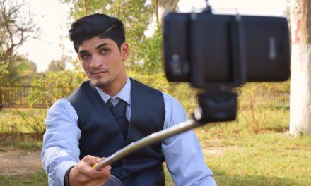 Autoscatto libero: oggi è la giornata mondiale dei selfie